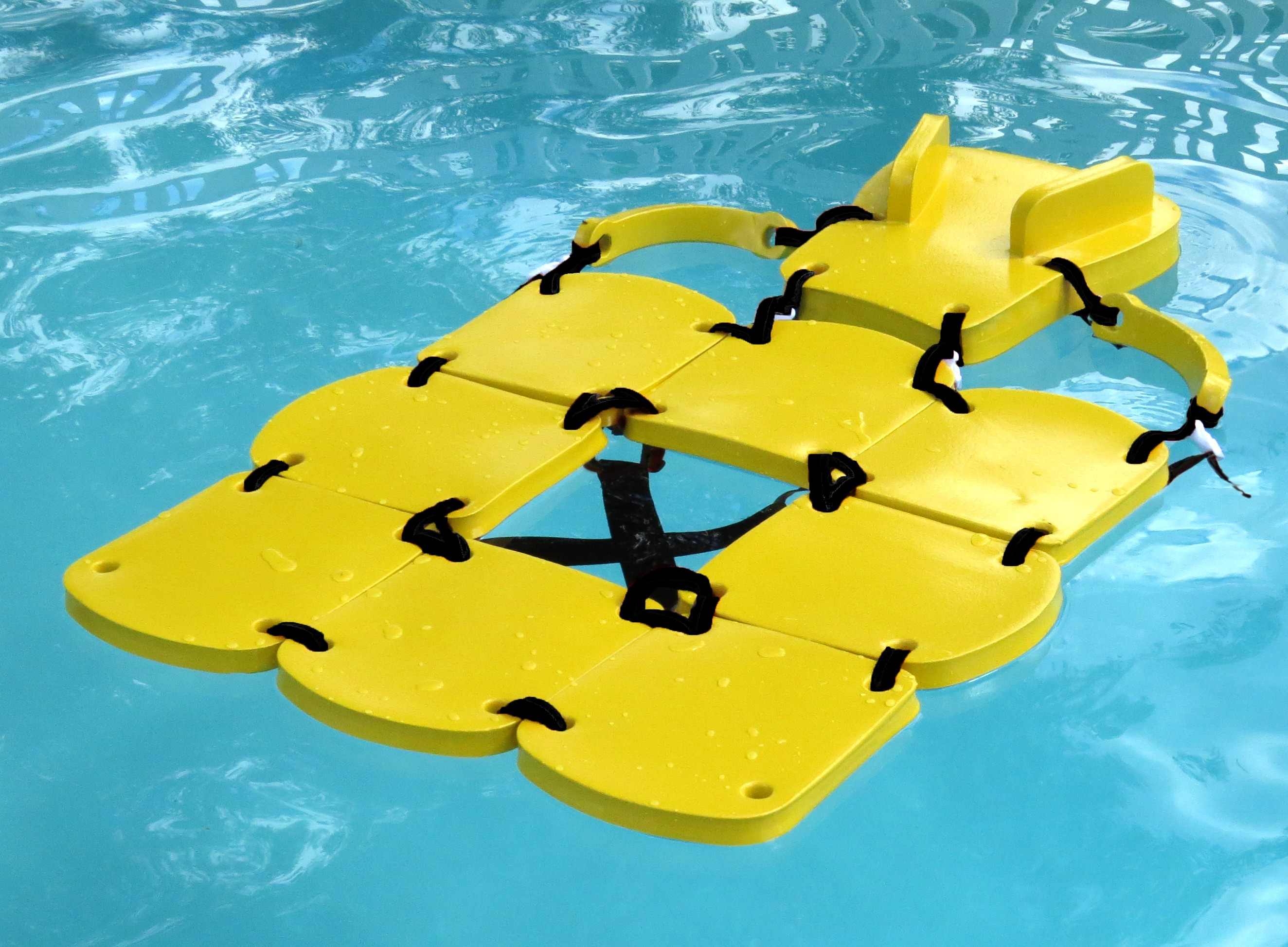 8723 Sectional Raft